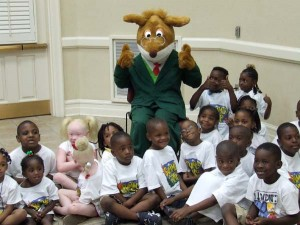 EARLY START CHRISTIAN ACADEMY camp children show how they love Geronimo Stilton.