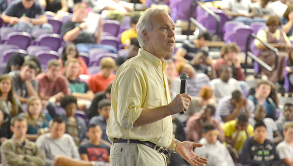 The Bainbridge gym was filled with students to listen to Reynolds speak about why smoking is deadly.