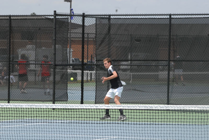 Jones Gossett picked up the Bearcats' only win of the day